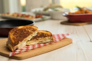 apple-gouda_grilled_cheese